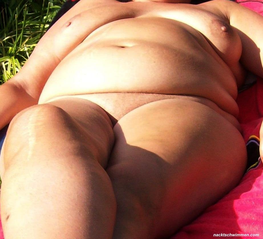 Videos garten nackt im Popular Nackt