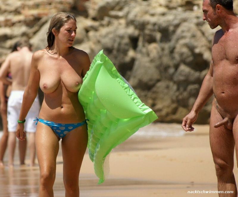Strand erektion am nackt Errektion im