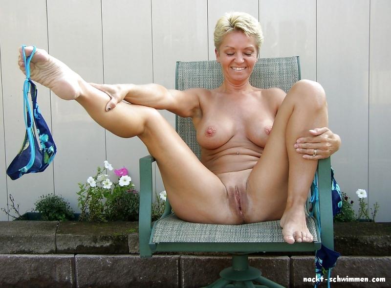 40 nackt über frauen Nackt und