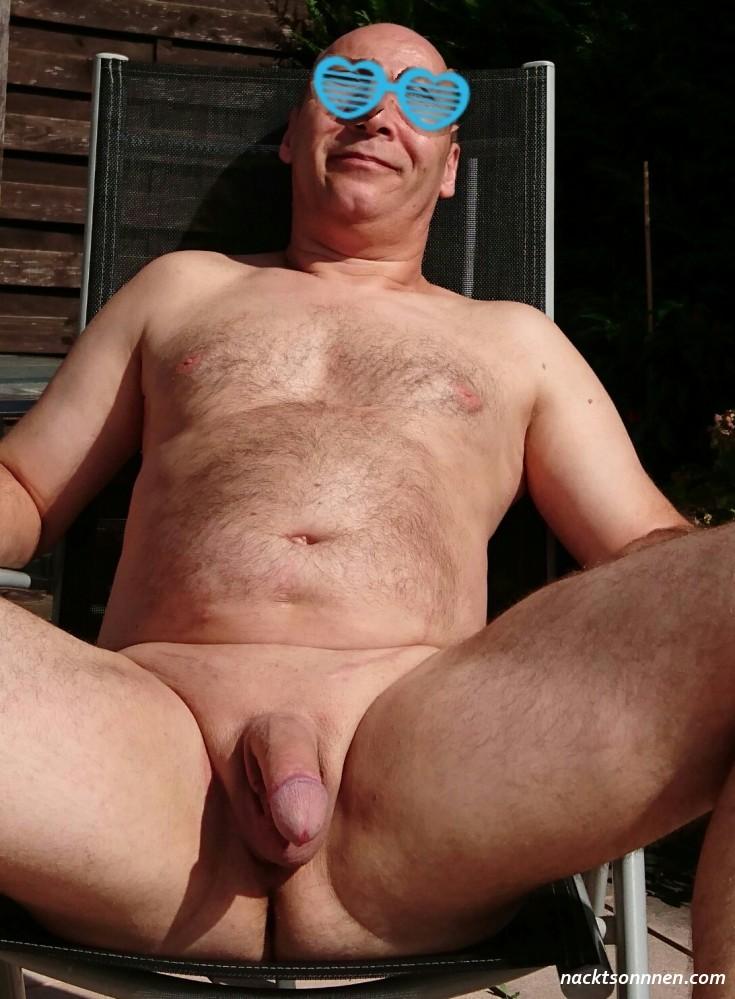 Hause nackt foto zu Nackt Pics