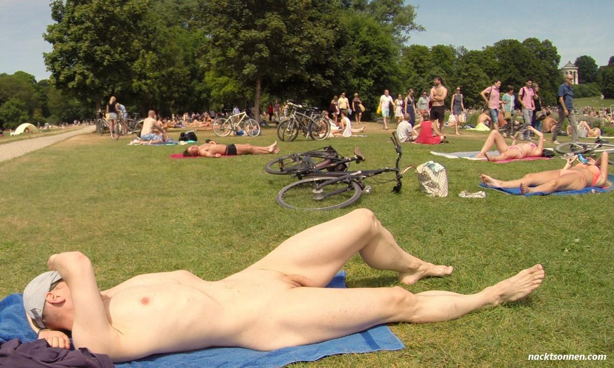 Topless sunbathing allowed in munich after heatwave sparks debate
