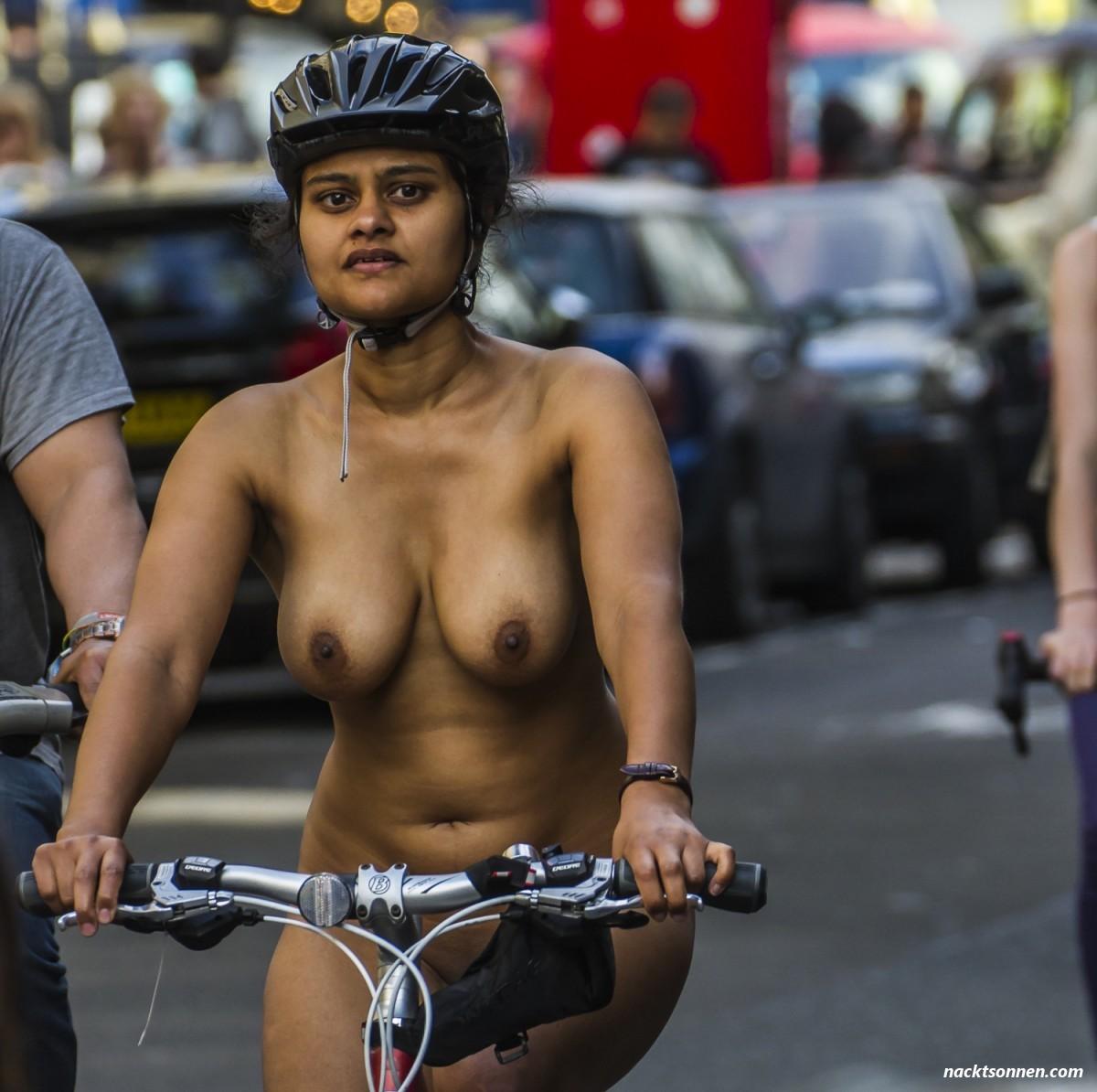 Radfahren Nackt