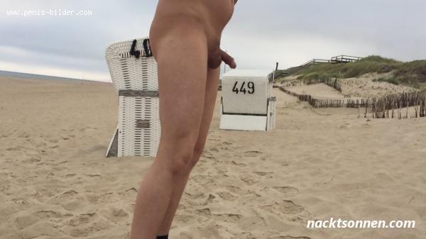 Strand nackt am schön und Nackte Titten
