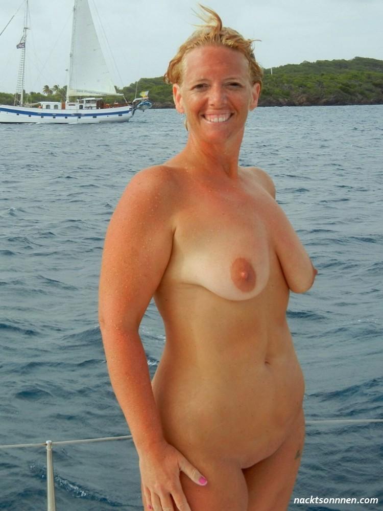 Lindsay rhodes breasts