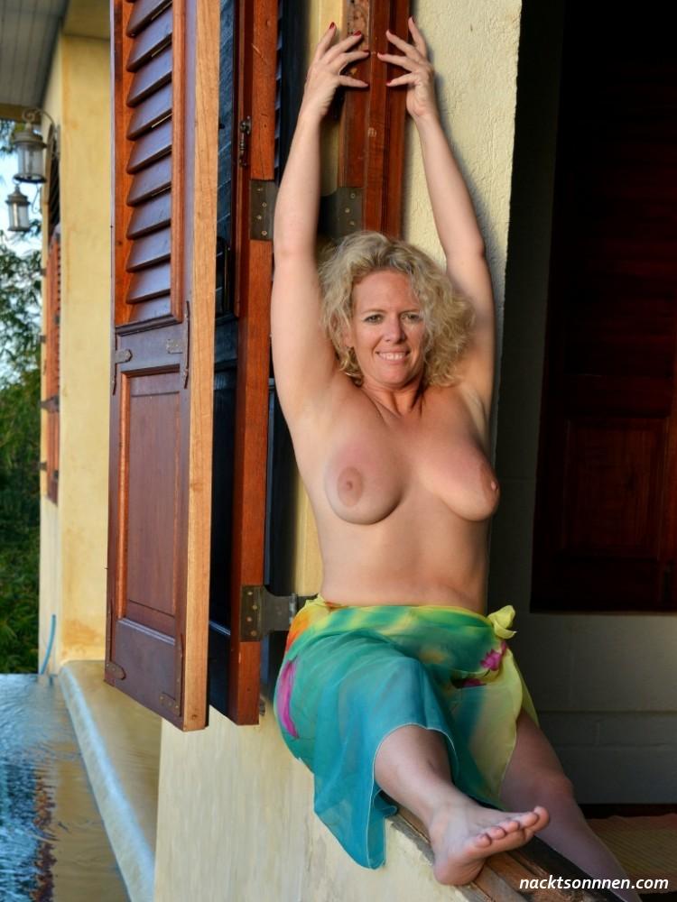 Naomi campbell playboy nude