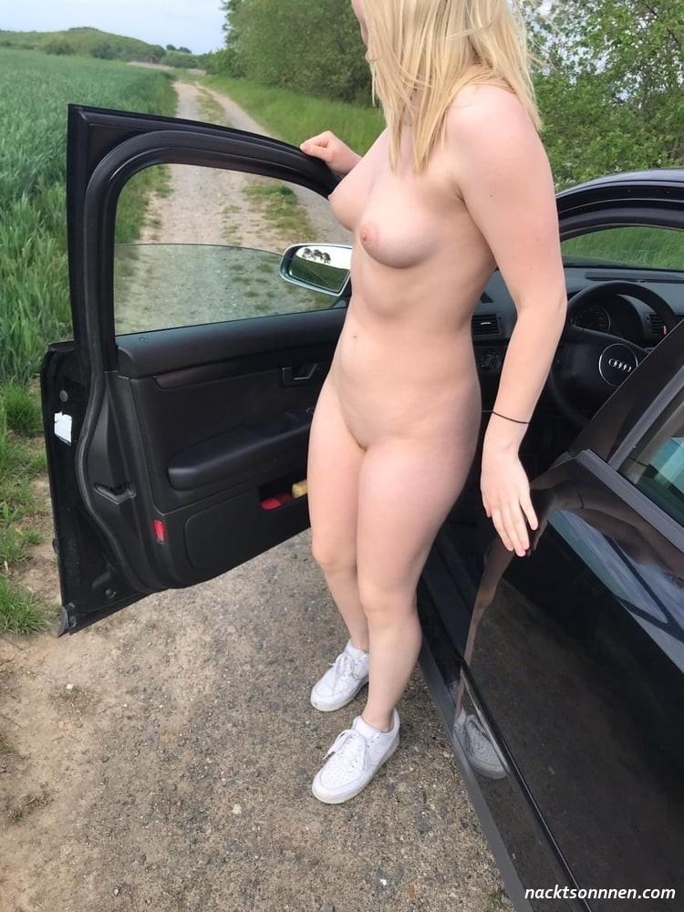 Nackt auto paare im Amateure nackt