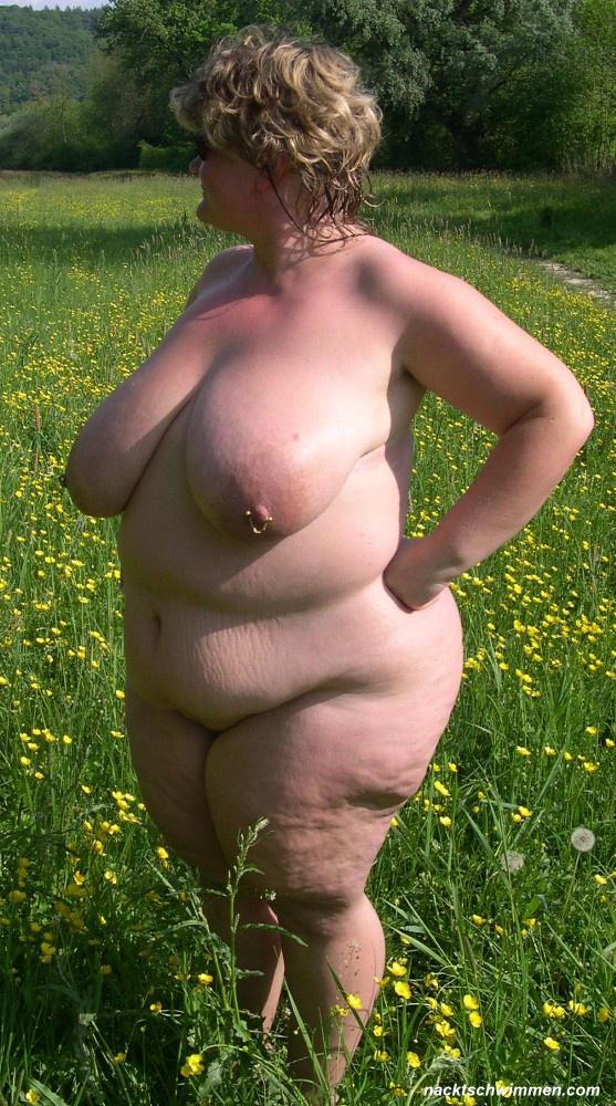Nackt Wiese